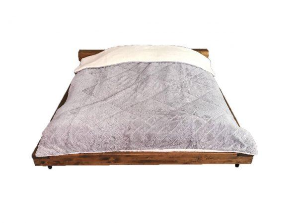 Hannah Borego Blanket 3 ply 1