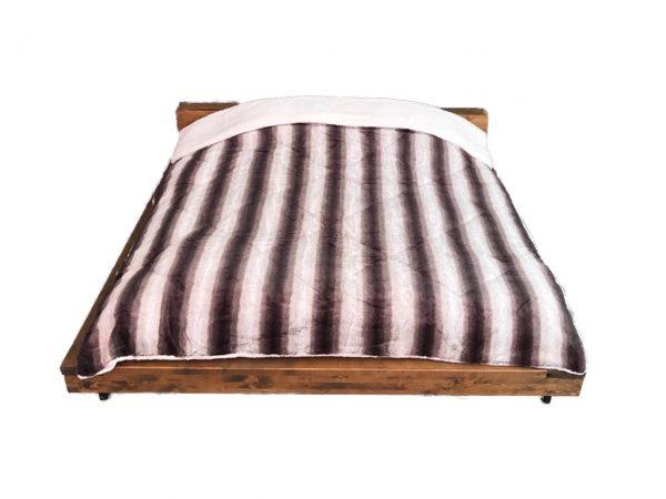 Emilia Borego Blankets 3 Ply 1