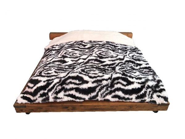 Mia Borego Blanket 3 Ply 1